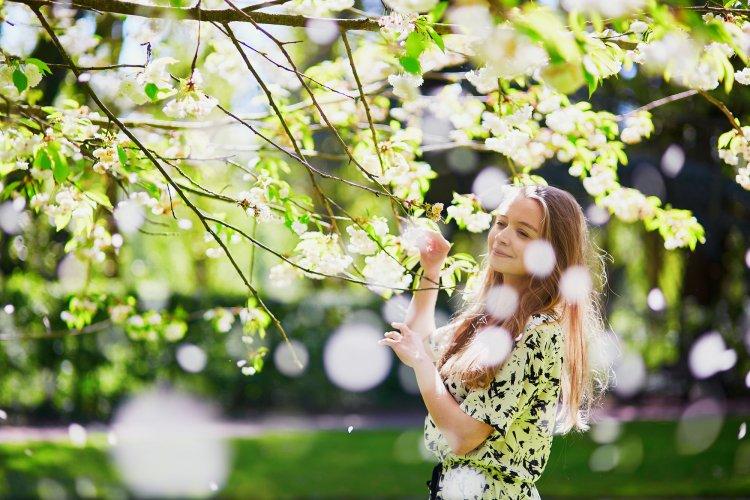Любимчики весны: этим знакам Зодиака апрель 2020 принесет удачу и счастье
