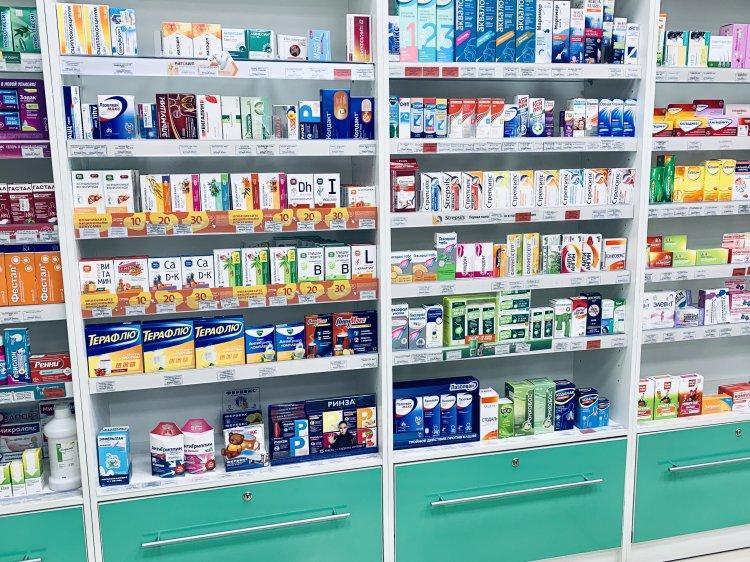 Путин подписал закон об ограничении цен на лекарства