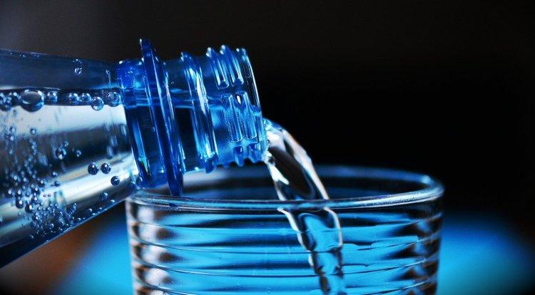 В России 1 апреля начнется эксперимент по маркировке минеральной воды