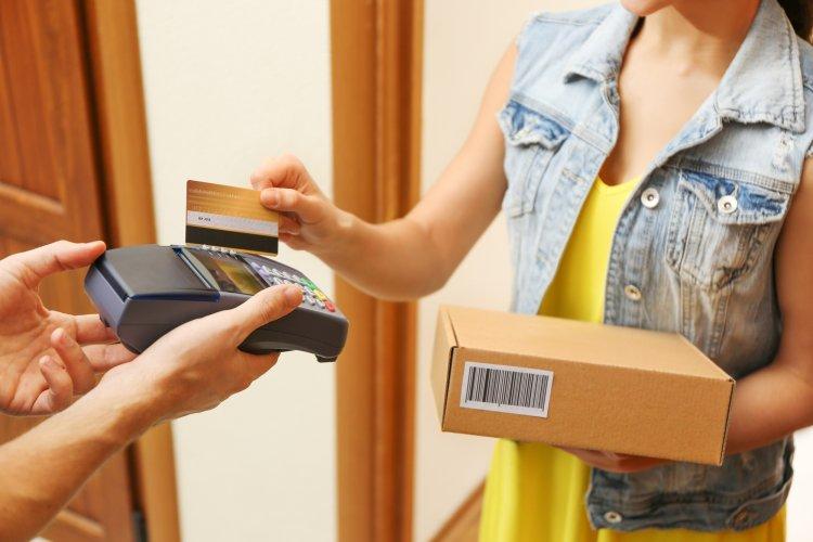 Жители Уфы могут заказать доставку продуктов и товаров на дом. Список служб доставки