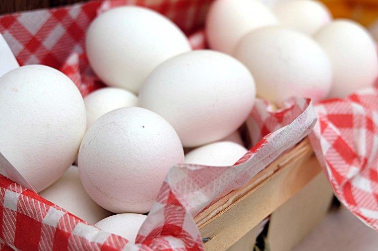Кому нельзя есть яйца?