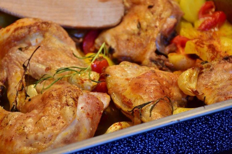 Пальчики оближешь: Три рецепта вкусных блюд из курицы