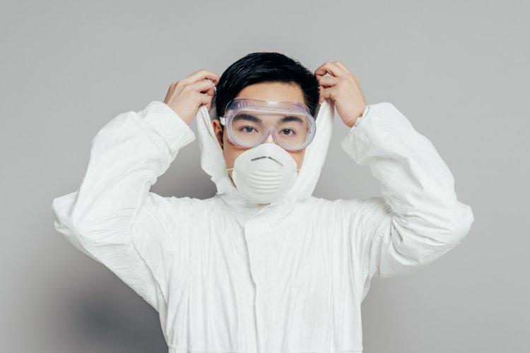 Доктор Мясников предрек «серьезную эпидемию» с высокой смертностью