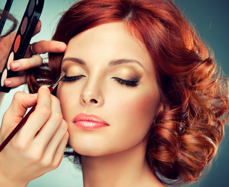 6 секретов макияжа для жирной кожи лица