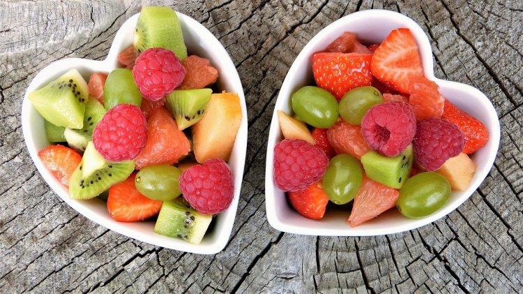 Ягодка или фрукт: какое ты лакомство по знаку Зодиака?