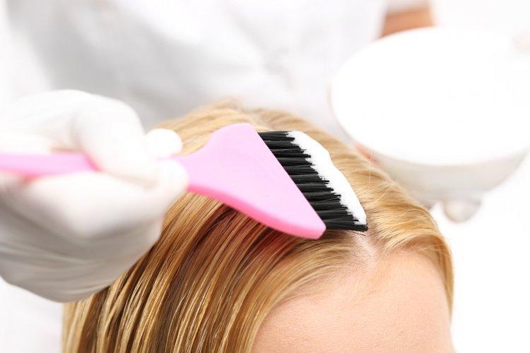 Ученые нашли безвредный метод окрашивания волос