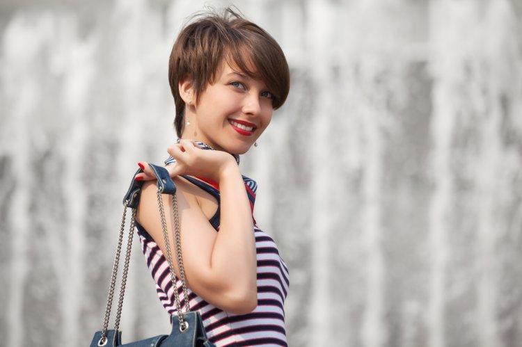 Как придать объем волосам с помощью лёгкой стрижки