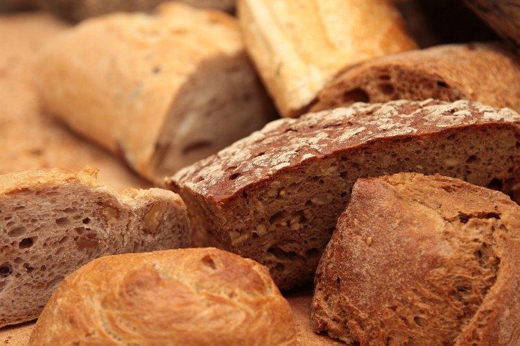 Диетологи советуют потреблять особые сорта хлеба, чтобы похудеть