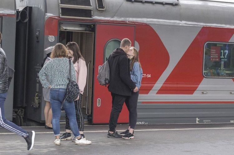РЖД: До конца июня билеты на верхние места в плацкартные вагоны можно приобрести со скидкой 30%