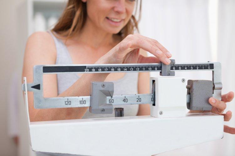 Диетологи назвали способ, который позволяет похудеть после 50 лет