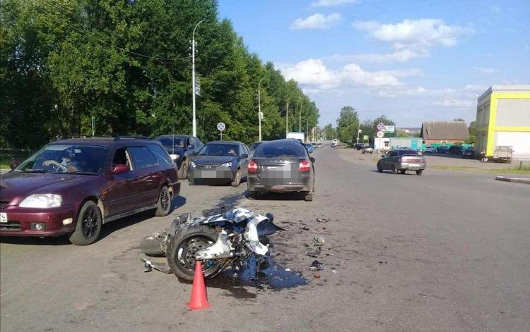 ДТП в Башкирии: водитель Lada Granta не уступил дорогу мотоциклу