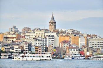 Турция введет для туристов страховку от коронавируса