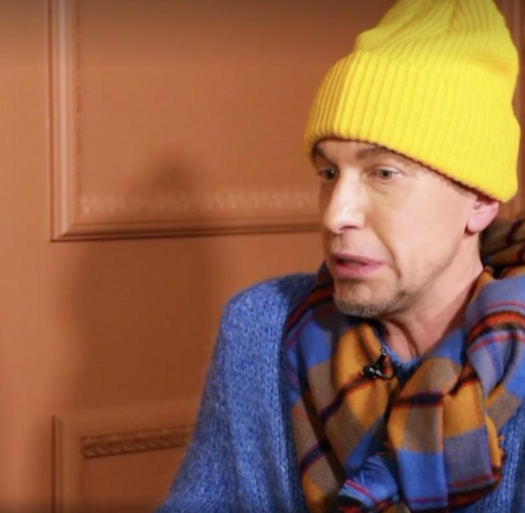 Музыкальный критик Соседов об эскортницах в шоу-бизнесе: «Думаю, так многие зарабатывали»