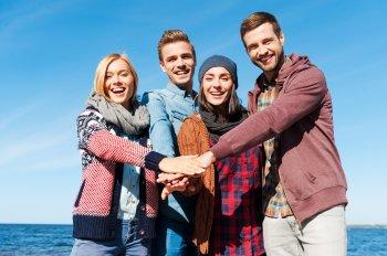 Настоящий подарок судьбы: Четыре знака зодиака становятся лучшими друзьями на всю жизнь