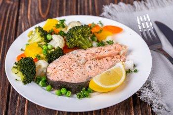 Медики назвали продукты, превращающие жир в мышцы