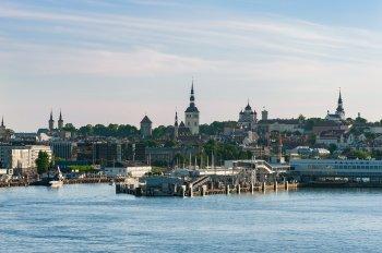 Экс-президент Эстонии Ильвес призвал запретить въезд граждан России в Евросоюз