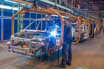 Приостановку производства LADA Granta из-за нехватки комплектующих подтвердил АвтоВАЗ
