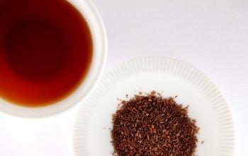Медики назвали чай, способный быстро вывести у человека лишний холестерин и снизить давление