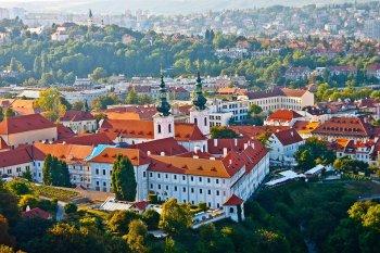 Экс-глава военной разведки Чехии Шандор раскритиковал обвинения Праги в адрес России