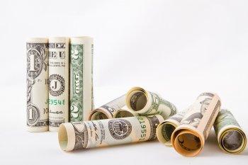 Аналитик Сергей Дроздов рассказал об опасности вложений в доллар