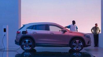 Новый полноприводный Mercedes-Benz EQA дебютировал вЕвропе