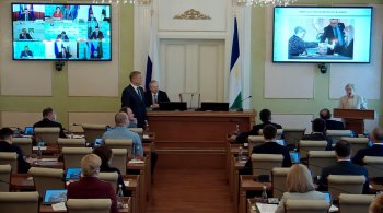 Глава Башкирии Хабиров наградил шашистку Тамары Тансыккужину орденом «Дружбы народов»