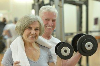 Семь способов замедлить старение мозга у человека перечислила Svenska Dagbladet