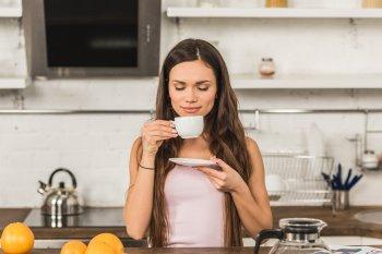 Express сообщил количество чашек кофе в сутки для поддержания человеческого долголетия