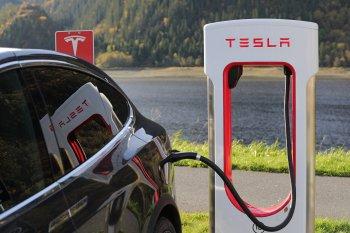 В Японии учёным из Язами разработана зарядка электромобилей за 10 минут для 800 км пути