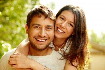 Вот повезло! Названы женские и мужские имена, которых ждет удача в любви и деньгах этим летом