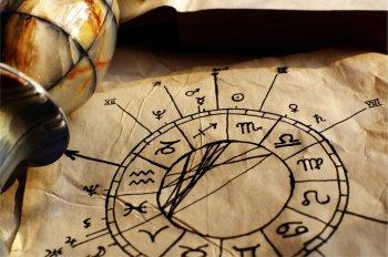 Астролог предупредил, какие знаки зодиака обречены на одинокую жизнь