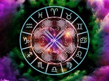 Полнолуние 24 июля принесет судьбоносные изменения в жизни четырех знаков Зодиака