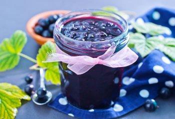 Густое варенье из черной смородины: три простых рецепта на зиму