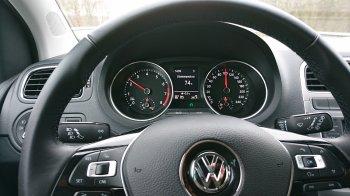 Начинающим водителям дали советы по выбору первого автомобиля в России
