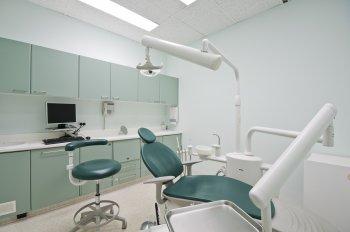 В Уфе во время приема агрессивная мать пациентки напала на врача-стоматолога